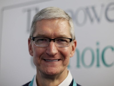 Apple boss defends taking billions from Google to use its search engine