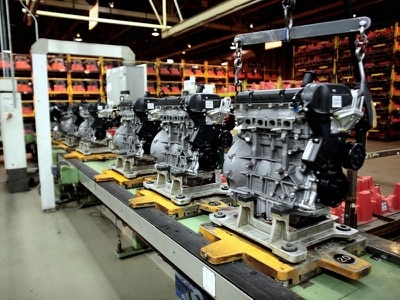 UK engine manufacturing drops 1.7 per cent