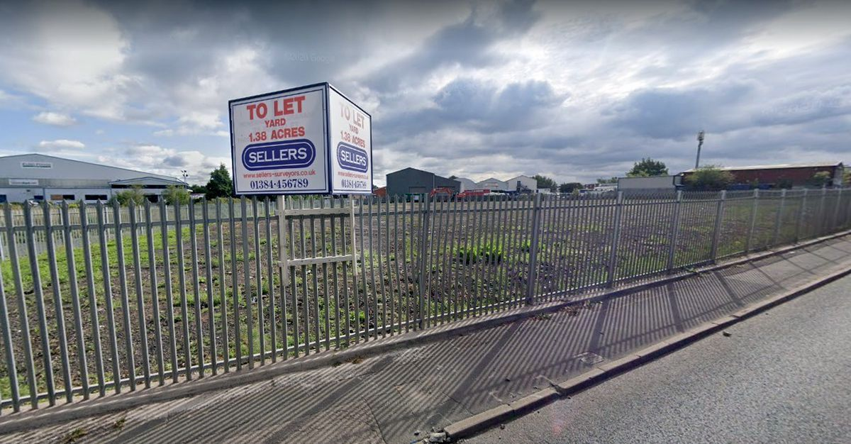 Land at the corner of Kendricks Road and Heath Road in Darlaston where a proposed haulage yard could be opened. Photo: Google Maps
