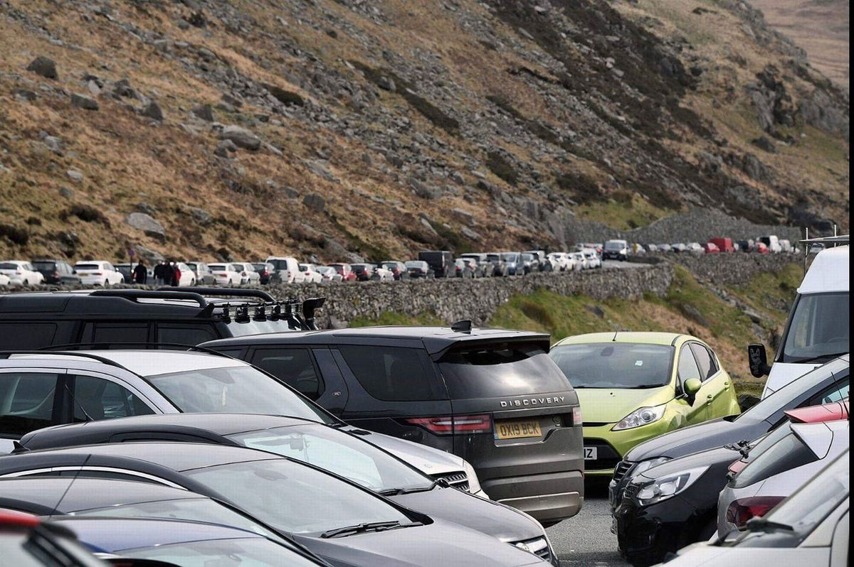 Hundreds of people visiting Snowdon yesterday despite warnings about social distancing. Image: Dave Throup