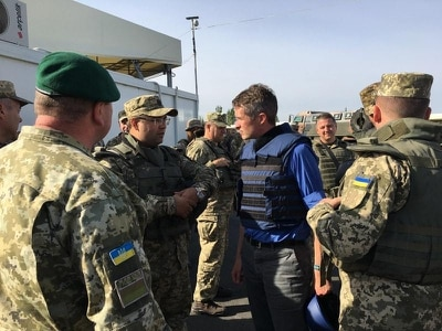 Defence Secretary commits extra British troops to Ukraine