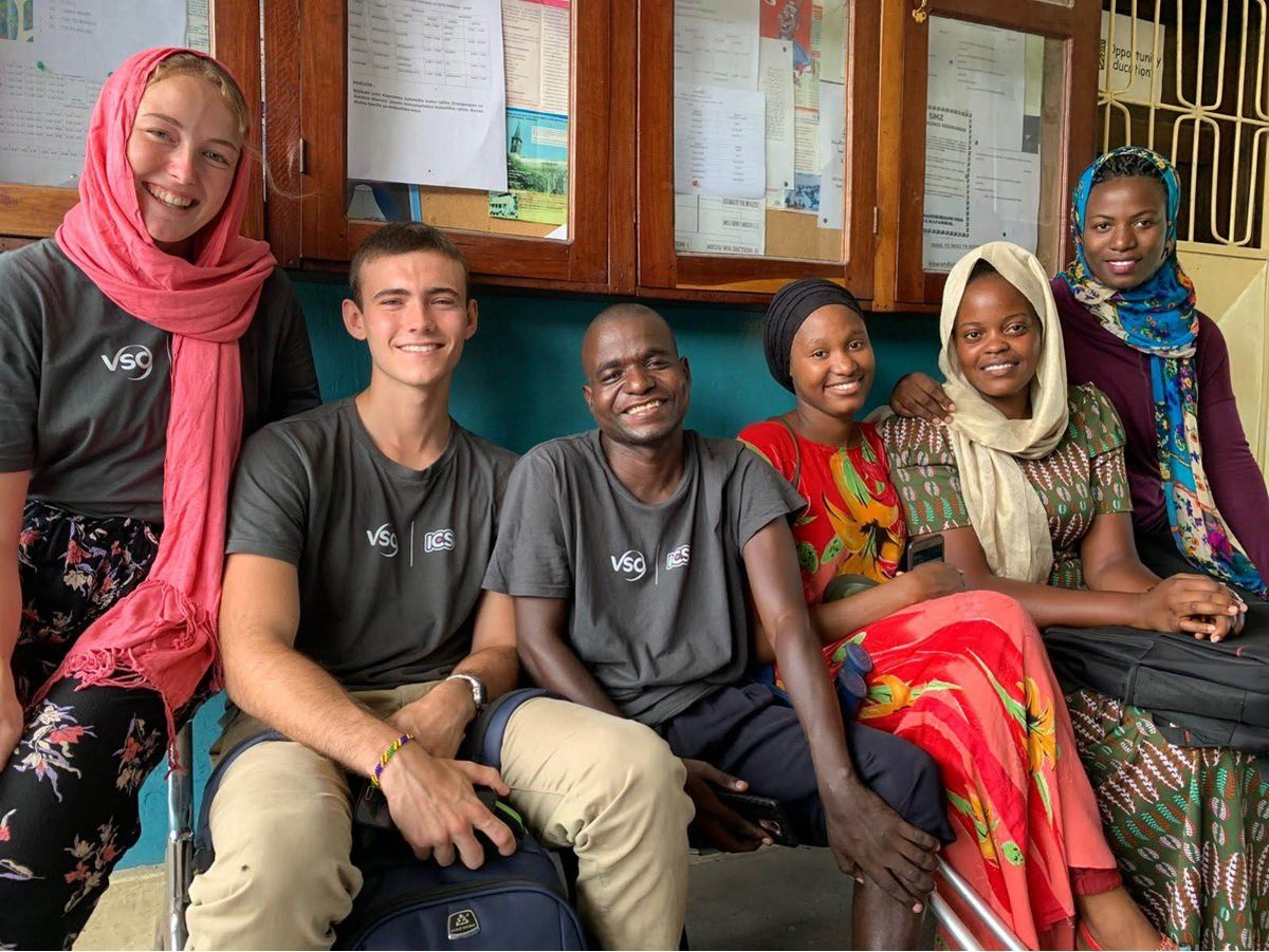 Travis with his working group at Kisiwandui Primary School and the Zanzibar Association of the Blind
