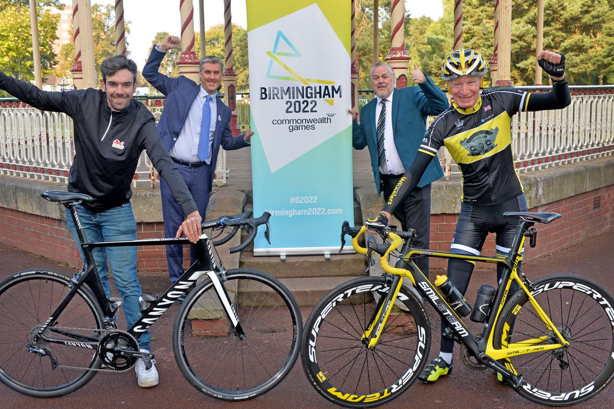 Team England cyclist Andy Tennant, Birmingham 2022 CEO Ian Reid, Wolverhampton Council leader Ian Brookfield and Wolverhampton Wheelers President Robin Kyte in West Park