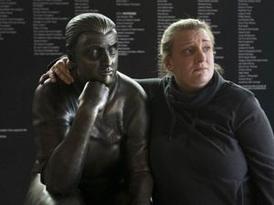 Daisy May and the Kerry Mucklowe statue
