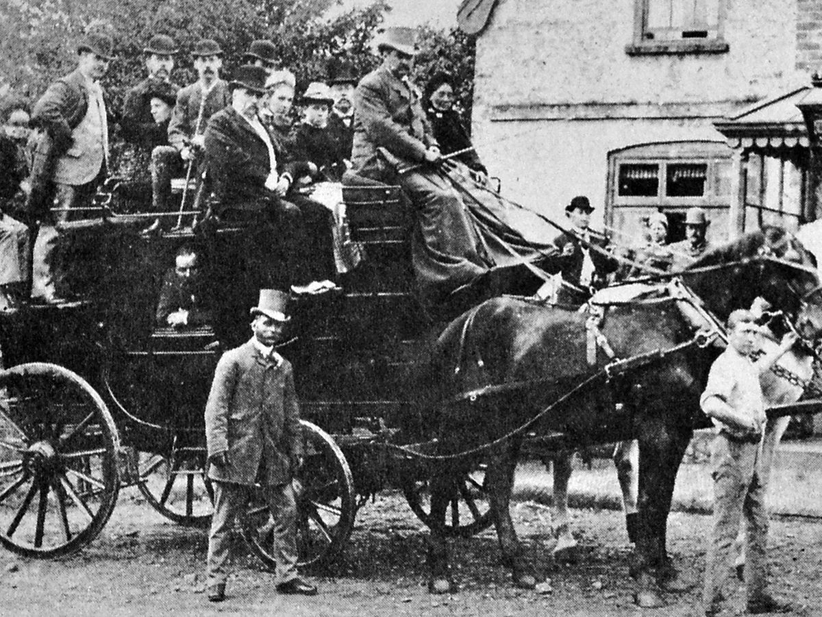 A stage coach in Worfield. Do you have information about one seen in Wolverhampton?