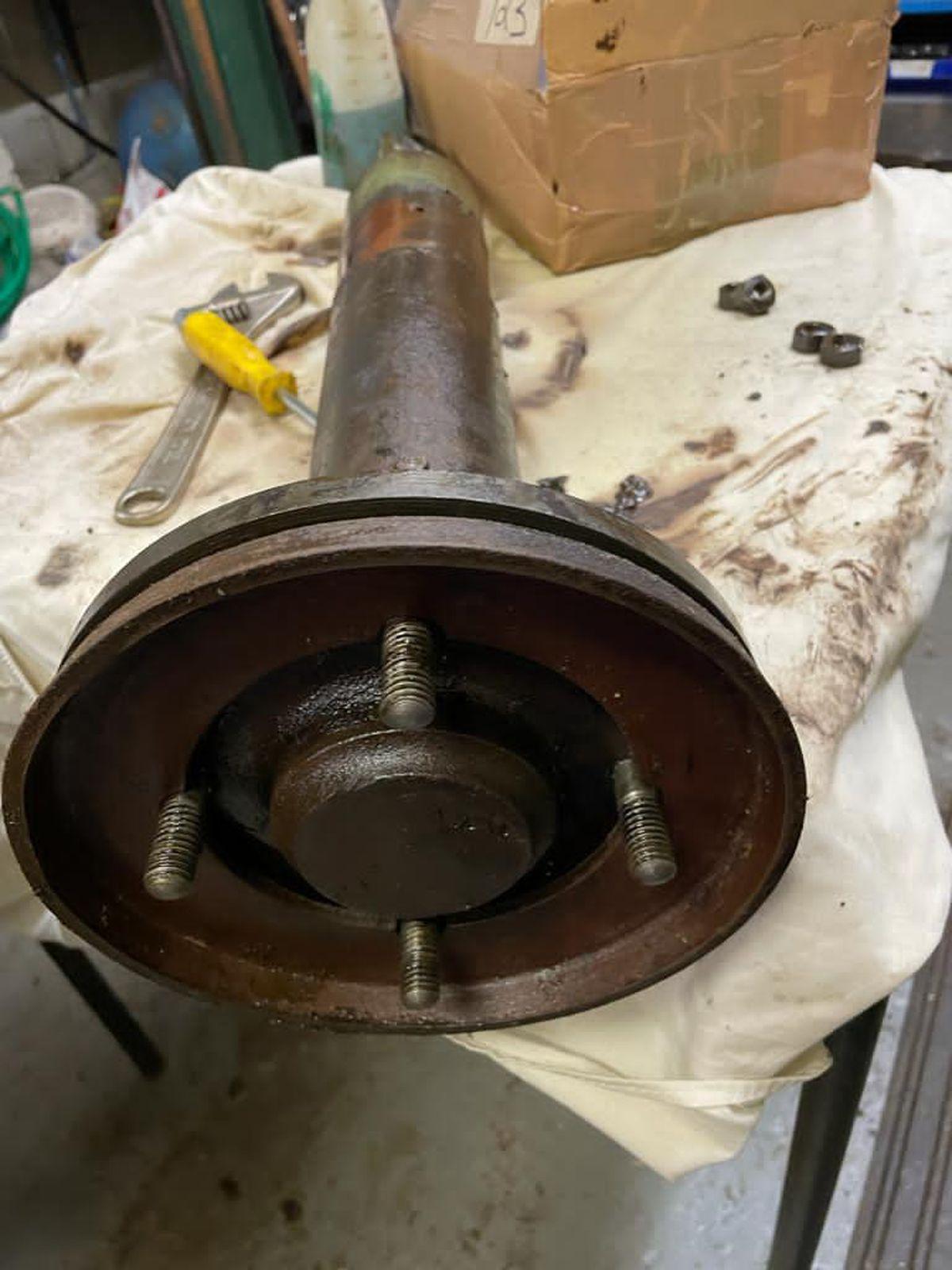 Brake piston seals which needed repairing