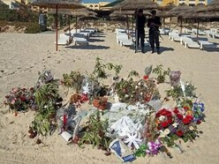 Thomas Cook selling Tunisia holidays in UK for first time since Sousse attack