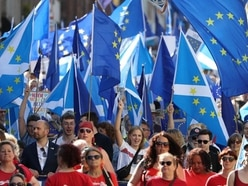 Thousands march through Edinburgh in call to remain in European Union