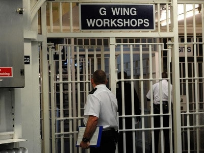 Attacks on prison staff rise 21% in a year