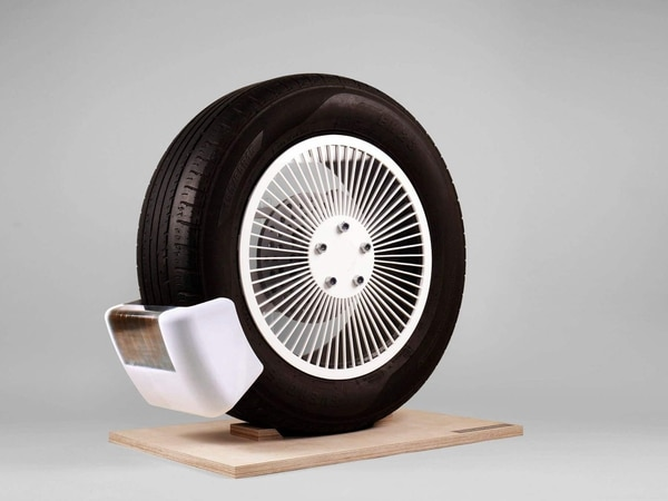 Tyre emission-reducing device given James Dyson award