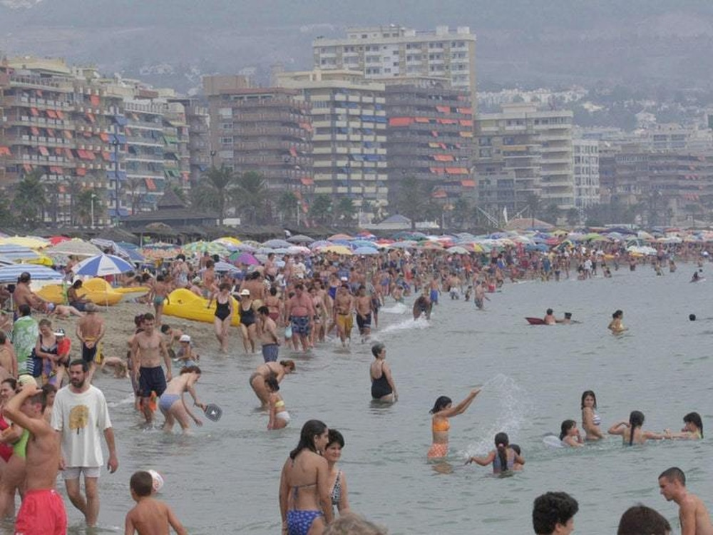 3 drown in Spanish pool on Christmas eve