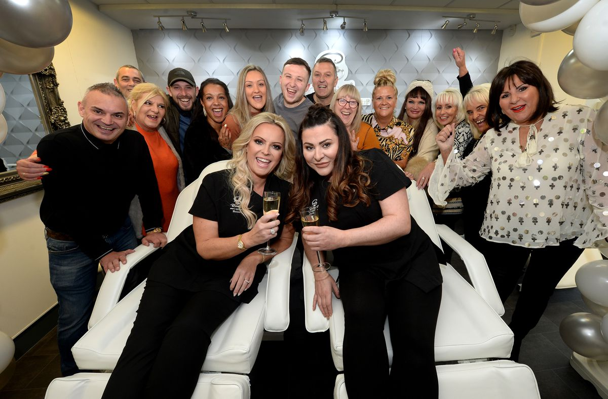 CB Beautiful Group celebrate opening a new salon on Lichfield Road, Rushall, and as part of the launch event, they are also raising funds for Barnardos. Co-owners Helen Ross and Charlie Battisson with family and friends at the opening of the salon