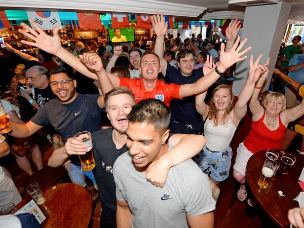 Pubs toast World Cup and long hot summer for beer sales rise