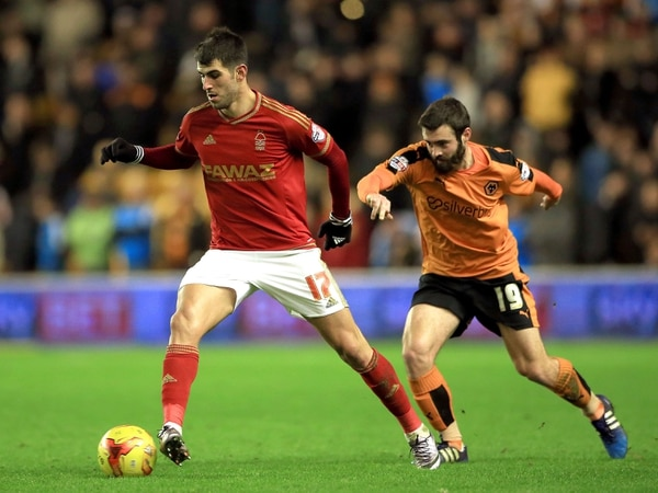Wolves pursuing Portuguese pair Daniel Podence and Nelson Oliveira