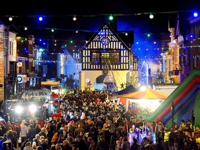 Thousands turn out for Bridgnorth Christmas lights switch-on - with pictures and video