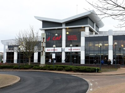 Coronavirus: Hundreds of new 999-callers to be trained at Dudley College