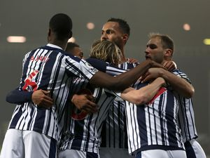 Conor Gallagher of West Bromwich Albion celebrates after scoring a goal to make it 1-0 with team mates. (AMA)