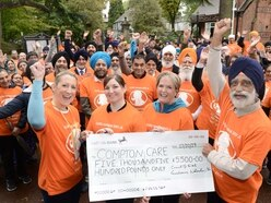 £5,500 handed to Compton Care from Council of Sikh Gurdwaras in Wolverhampton