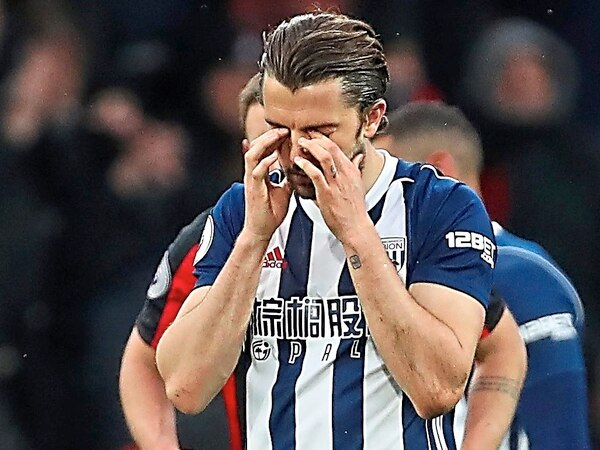 Jay Rodriguez 'gutted' with West Brom defeat as dad slams tactics